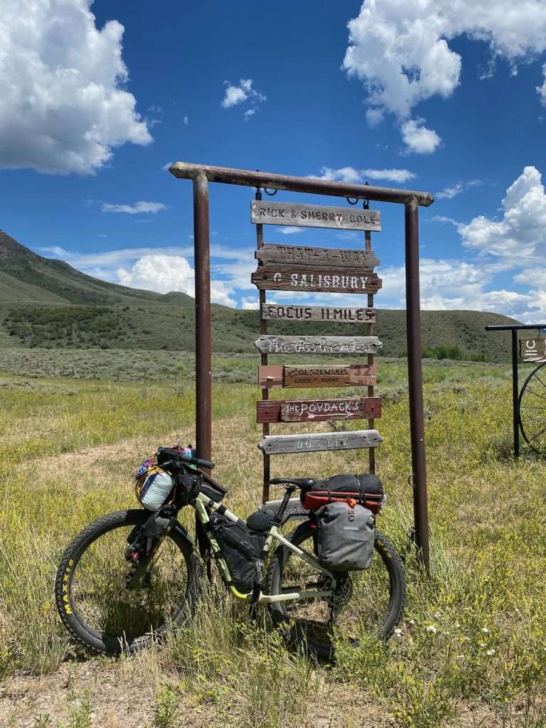 Bikepacking on the Great Divide with 29+ wheeler